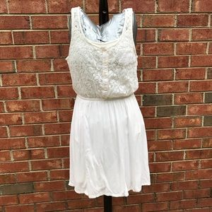 4/$25 SO high low white lace dress with pockets